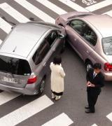 IntoLaw informeert wat volgens het verkeersrecht uw rechten zijn bij een verkeersongeval.