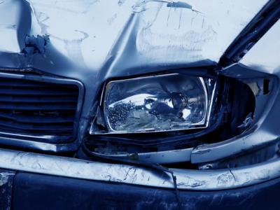 beschadigde auto na ongeval met vluchtmisdrijf, IntoLaw
