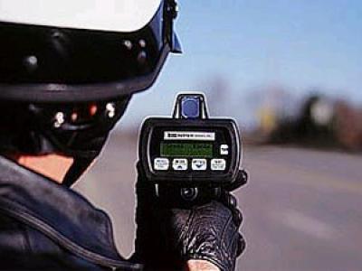 autovakantie, verkeersregels, verkeersboetes, agent