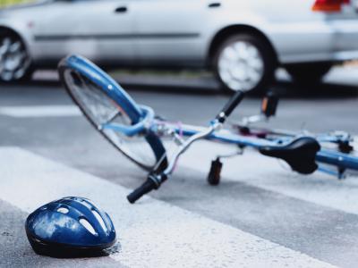 Aangereden op de fiets. IntoLaw over dalend aantal verkeerslachtoffers maar stijgend aantal bij fietsers.