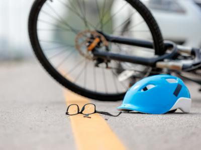 Accident avec voiture et cycliste. IntoLaw à propos d'un accident avec délit de fuite commis à Oud-Turnhout.