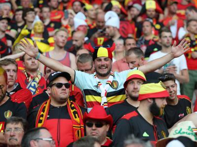 Supporteren voor Rode Duivels tijdens EK of WK match. Politie zet in op alcoholcontrole. - IntoLaw