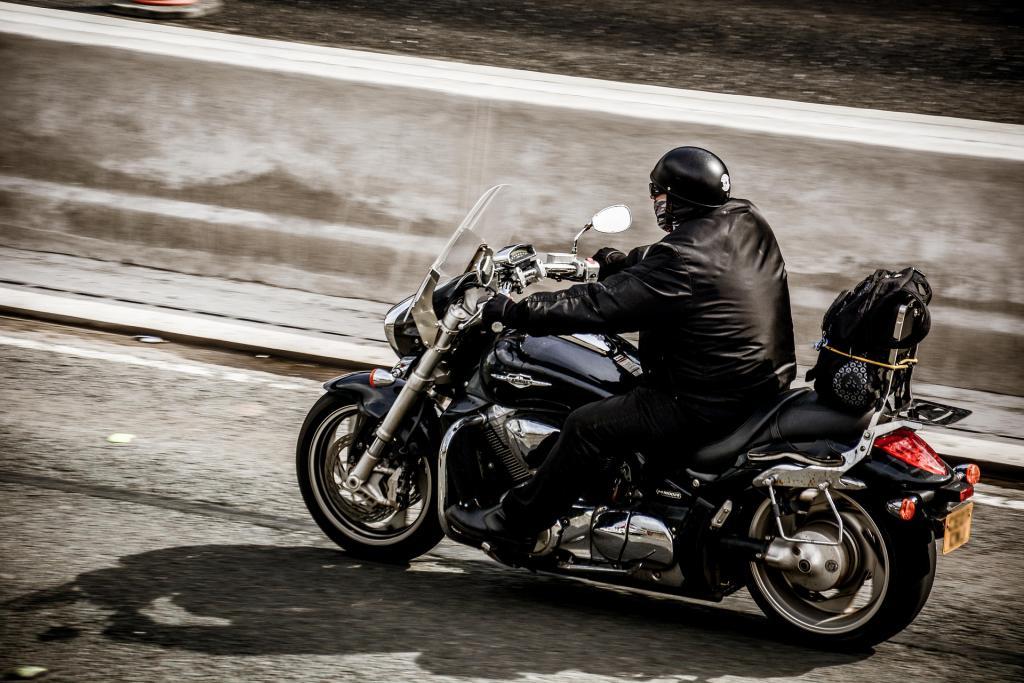 Opgelet: andere verkeersregels voor motorrijders in het buitenland