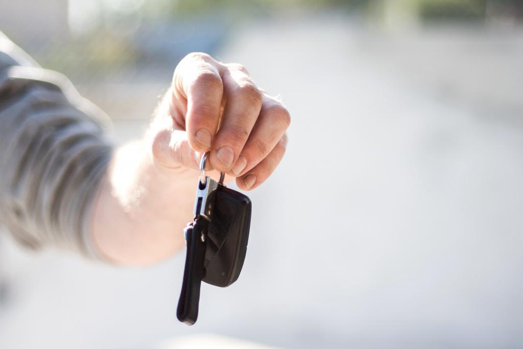 Hoe krijgt mijn advocaat mijn ingevorderd rijbewijs terug?