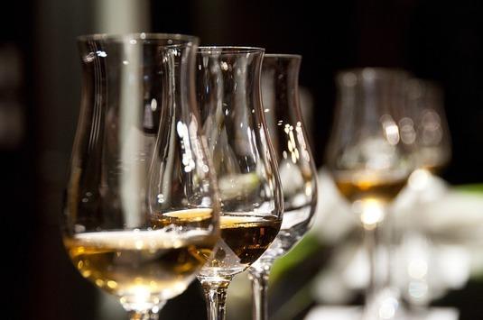 Na hoeveel glazen alcohol mag ik nog rijden?