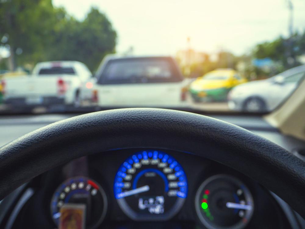 Hoe rij ik groen en verminder ik snelheidsboetes? 5 eco-driving tips.