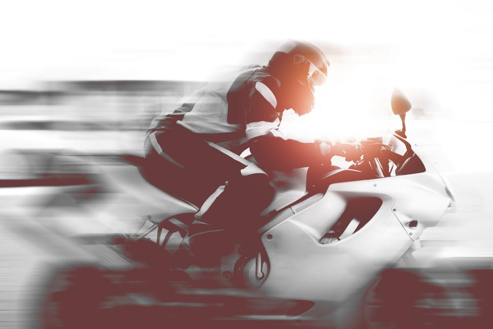 Hoe ontsnappen motards aan de flitsboete?
