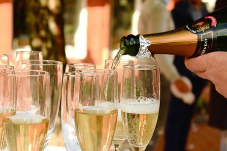 Personeelsfeest zonder alcohol boetes organiseren?