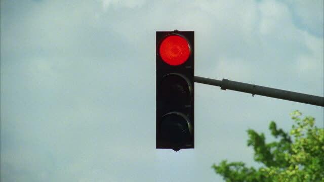 Net te laat! Hoe hoog is de boete wanneer ik door een rood licht rijd?