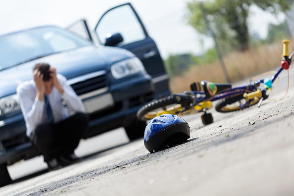 Autobestuurder vlucht na tienjarige fietsster te hebben aangereden in Schaarbeek