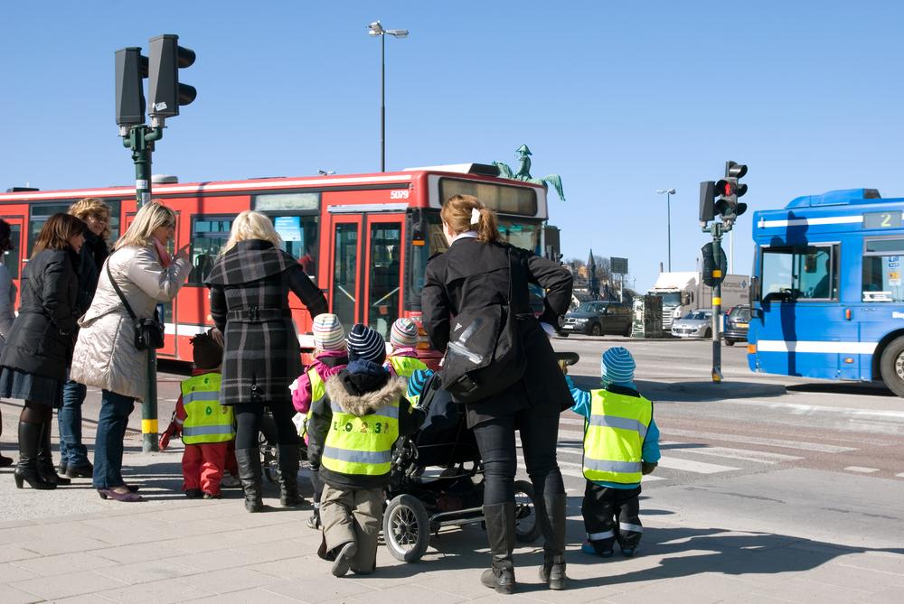 Actie in bijna 1.200 Vlaamse scholen moet stimuleren fluokledij en helm te dragen