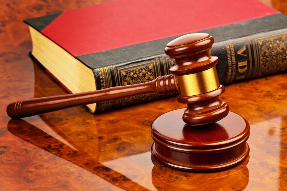 Rechtbank Ieper - Tien bestuurders vrijgesproken in beroep voor kettingbotsing